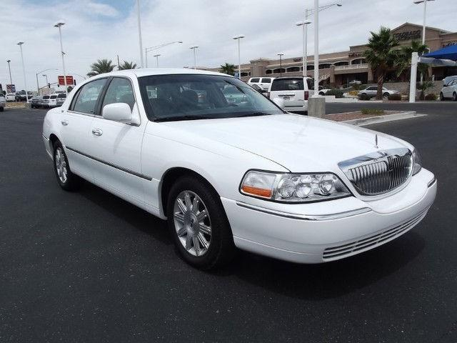 2010 Lincoln Town Car Signature Limited For Sale In Bullhead City