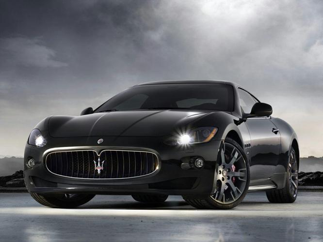 2010 Maserati GranTurismo Base 2dr Coupe
