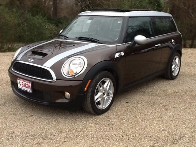2010 mini cooper clubman 2dr car s for sale in elmwood texas classified. Black Bedroom Furniture Sets. Home Design Ideas