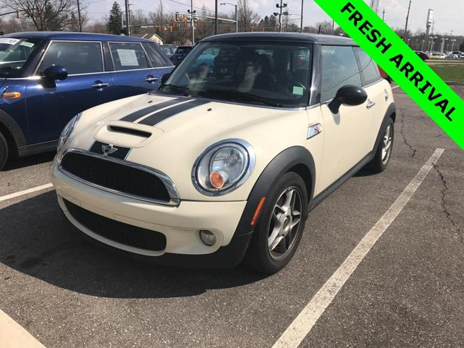 2010 MINI Cooper S S 2dr Hatchback