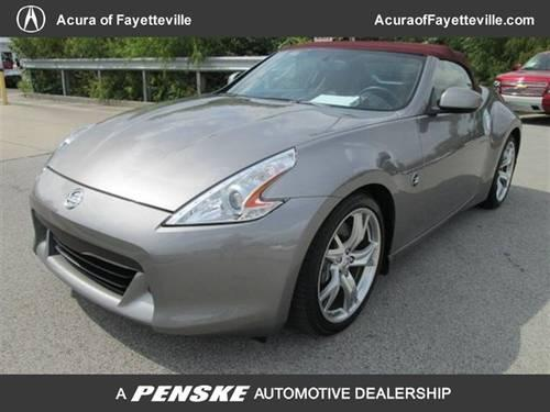 2010 nissan 370z convertible 2dr roadster auto touring. Black Bedroom Furniture Sets. Home Design Ideas
