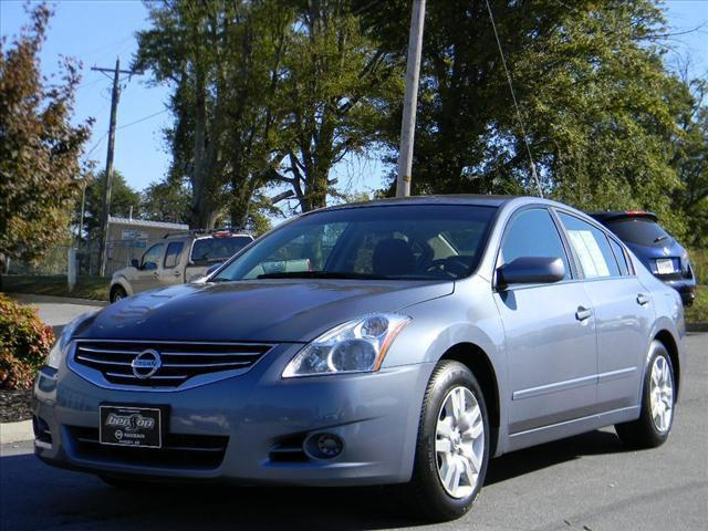 2010 nissan altima 2 5 s for sale in easley south carolina classified. Black Bedroom Furniture Sets. Home Design Ideas