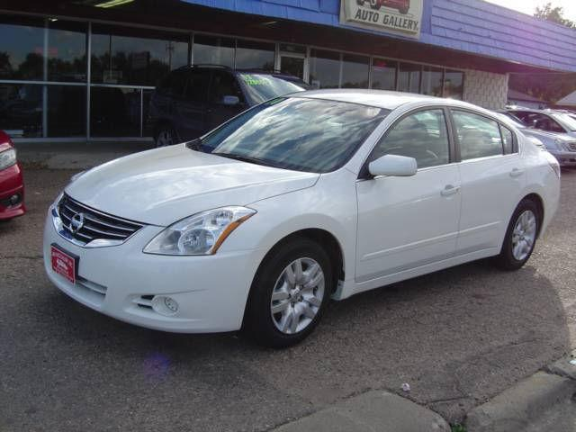 2010 nissan altima 2 5 s for sale in greeley colorado classified. Black Bedroom Furniture Sets. Home Design Ideas
