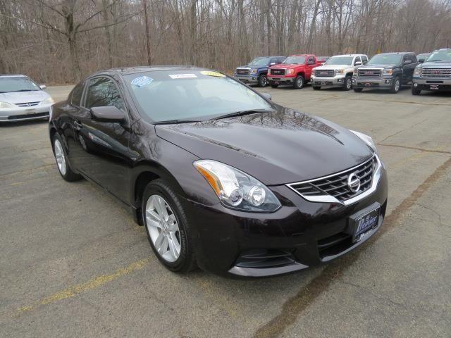 2010 nissan altima 2.5 s manual coupe