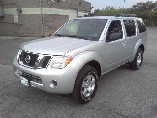2010 nissan pathfinder le sport utility 4d for sale in rochester new york classified. Black Bedroom Furniture Sets. Home Design Ideas