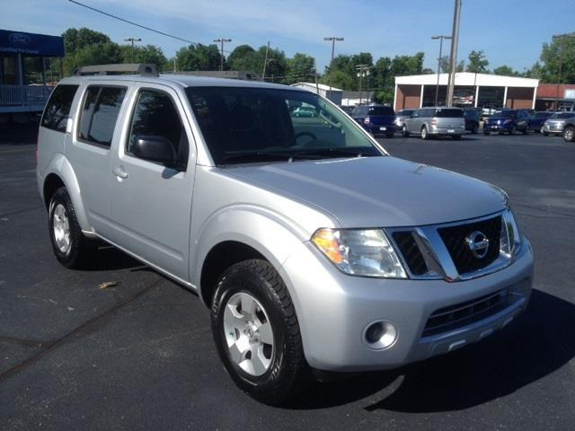 2010 nissan pathfinder s 4x4 s 4dr suv for sale in sellersburg indiana classified. Black Bedroom Furniture Sets. Home Design Ideas