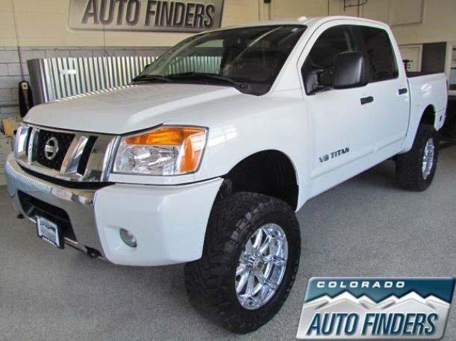 2010 nissan titan 4x4 le 4dr crew cab swb pickup for sale. Black Bedroom Furniture Sets. Home Design Ideas