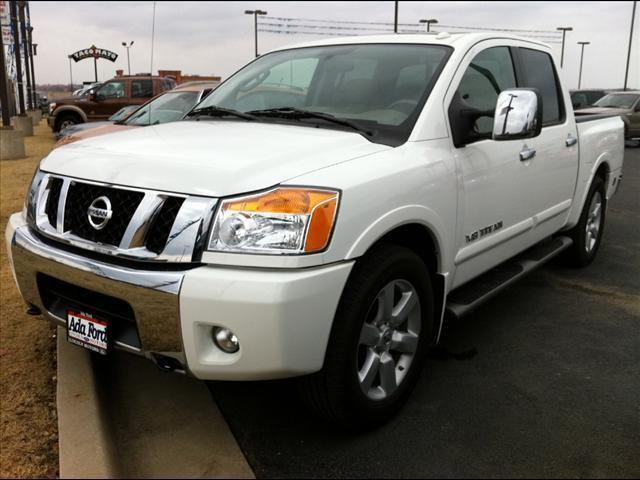 2010 nissan titan le for sale in ada oklahoma classified. Black Bedroom Furniture Sets. Home Design Ideas