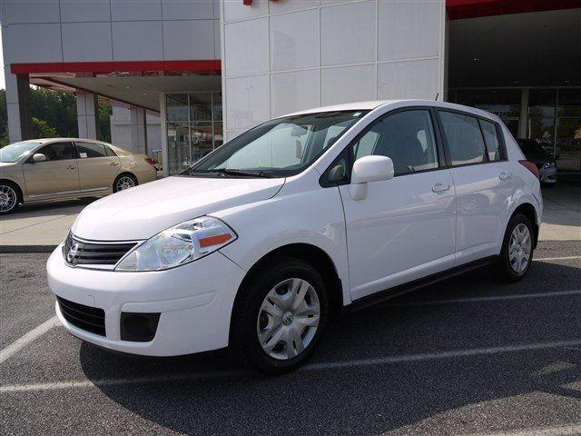 2010 nissan versa 1 8 s for sale in easley south carolina classified. Black Bedroom Furniture Sets. Home Design Ideas