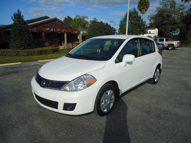 2010 nissan versa 1 8 s for sale in seffner florida classified. Black Bedroom Furniture Sets. Home Design Ideas