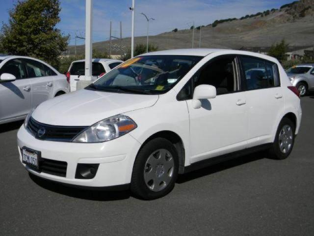 2010 nissan versa s hatchback for sale in vallejo california classified. Black Bedroom Furniture Sets. Home Design Ideas