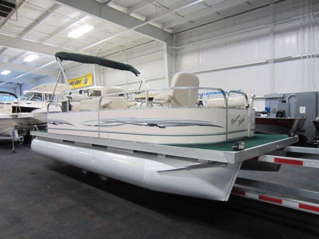 2010 Pleasure Island Pl20 Crs 20 Pontoon Boat With Honda