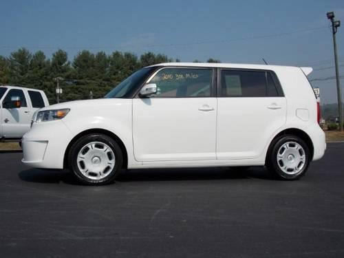 2010 scion xb station wagon for sale in sweetwater tennessee classified. Black Bedroom Furniture Sets. Home Design Ideas