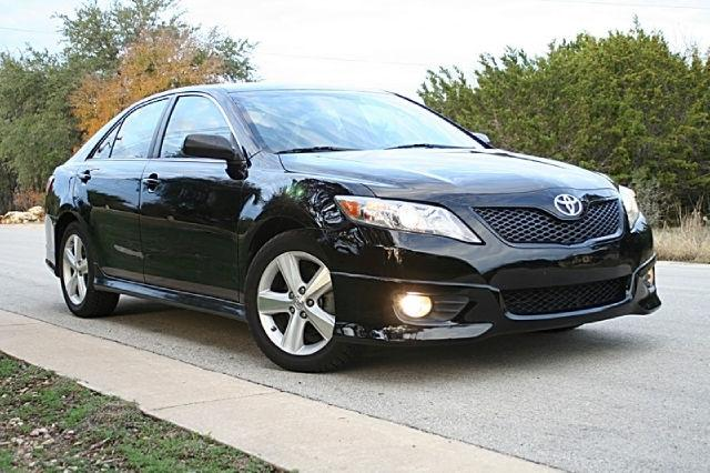 2010 toyota camry se for sale in spicewood texas classified. Black Bedroom Furniture Sets. Home Design Ideas