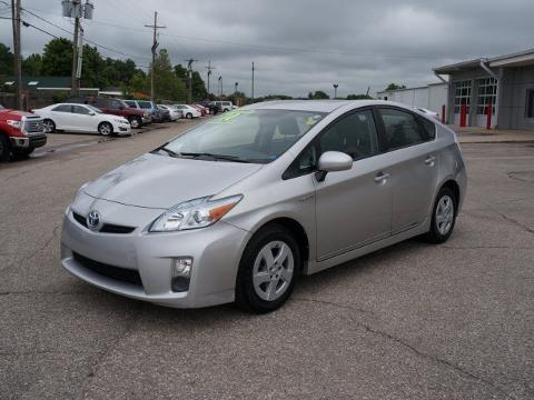 2010 toyota prius 5 door hatchback for sale in hutchinson kansas classified. Black Bedroom Furniture Sets. Home Design Ideas