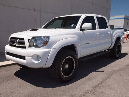 2010 toyota tacoma pickup truck sr5 4x4 for sale in knoxville tennessee classified. Black Bedroom Furniture Sets. Home Design Ideas