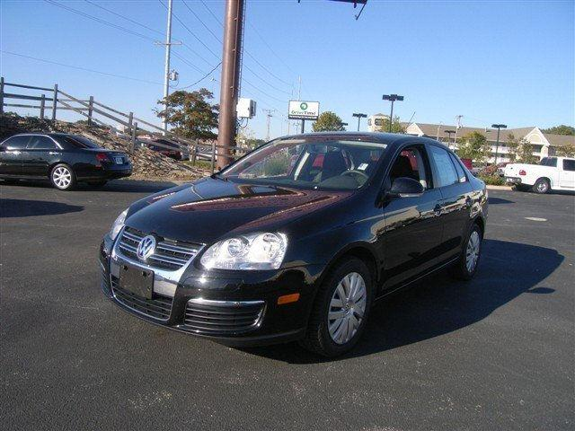 2010 volkswagen jetta 2010 volkswagen jetta 2 5 trim car for sale in jackson ms 4364935162. Black Bedroom Furniture Sets. Home Design Ideas
