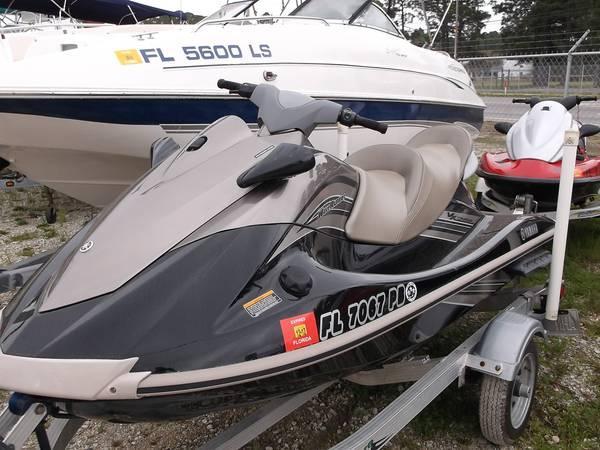 2010 Yamaha VX Cruiser - $7900