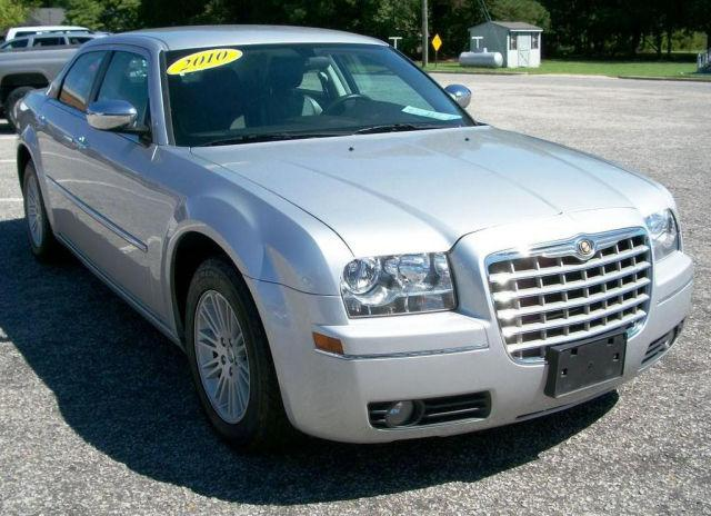 2010 chrysler 300 touring for sale in williamston north carolina classified. Black Bedroom Furniture Sets. Home Design Ideas