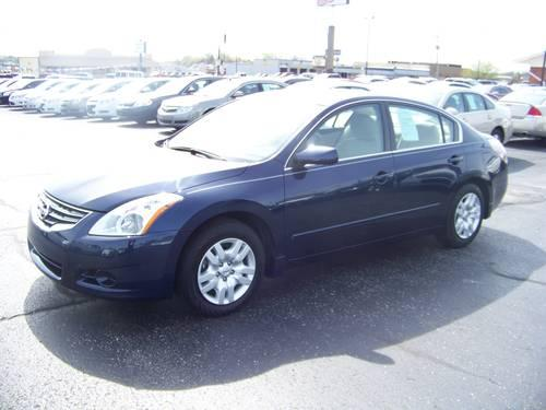 2010 nissan altima 2 5s 4 cyl auto dark blue 20k miles for sale in lanton missouri classified. Black Bedroom Furniture Sets. Home Design Ideas