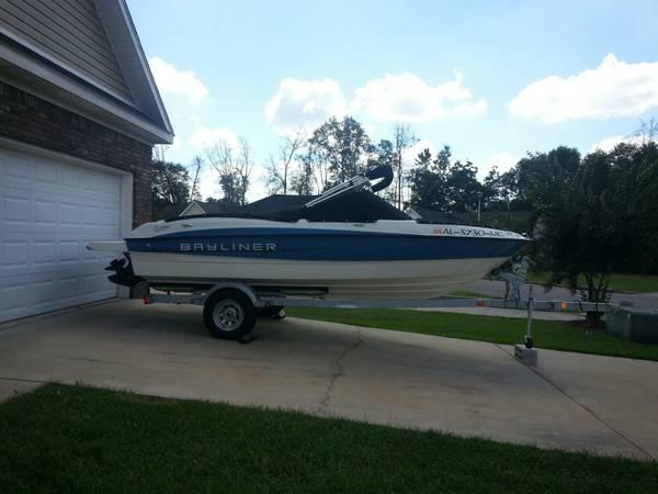 2011 18.5 FT BAYLINER RUNABOUT 185 BOWRIDER FISH AND