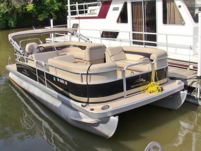 2011 bennington 24 sli used pontoon boat louisville ky for Used fishing pontoon boats for sale