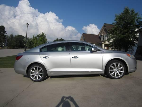 2011 buick lacrosse touring package nav for sale in meskegon michigan classified. Black Bedroom Furniture Sets. Home Design Ideas