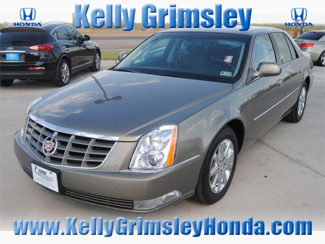 2011 cadillac dts for sale in odessa texas classified. Black Bedroom Furniture Sets. Home Design Ideas