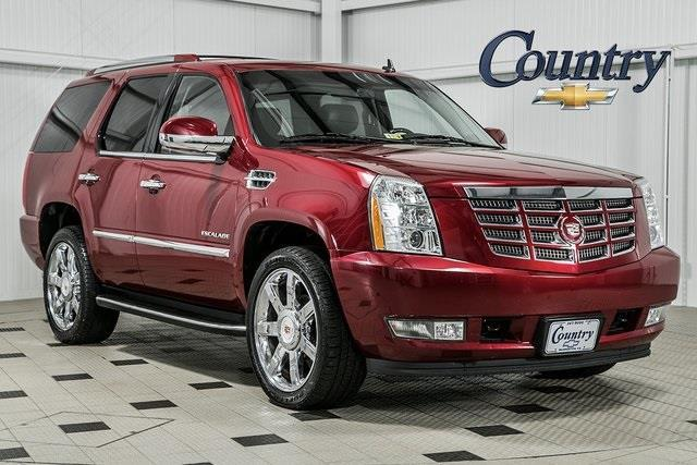2011 Cadillac Escalade Luxury AWD Luxury 4dr SUV