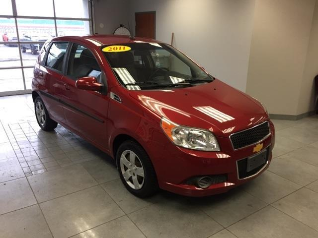 2011 chevrolet aveo aveo5 ls aveo5 ls 4dr hatchback for. Black Bedroom Furniture Sets. Home Design Ideas