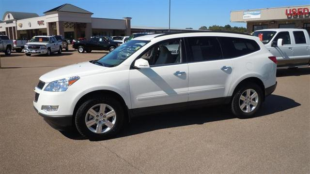 2011 chevrolet traverse lt for sale in batesville. Black Bedroom Furniture Sets. Home Design Ideas