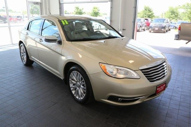2011 chrysler 200 limited limited 4dr sedan for sale in round rock texas classified. Black Bedroom Furniture Sets. Home Design Ideas