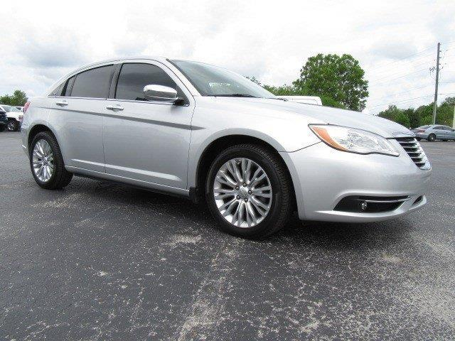 2011 chrysler 200 limited limited 4dr sedan for sale in gainesville florida classified. Black Bedroom Furniture Sets. Home Design Ideas