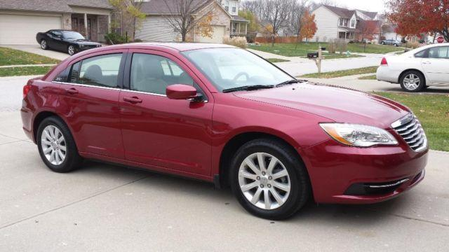2011 chrysler 200 touring for sale in indianapolis indiana classified. Black Bedroom Furniture Sets. Home Design Ideas