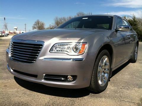 2011 Chrysler 300 4 Door Sedan For Sale In Independence