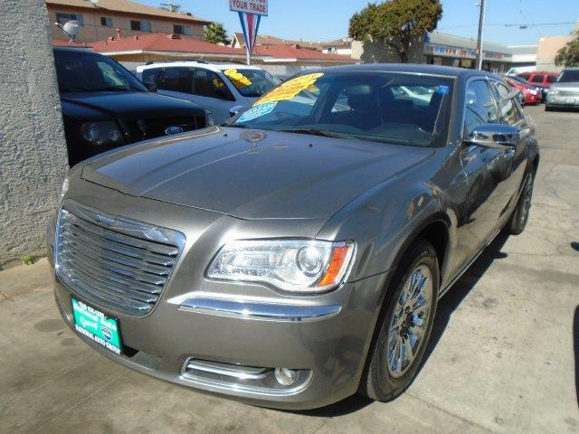 2011 Chrysler 300 Limited Limited 4dr Sedan