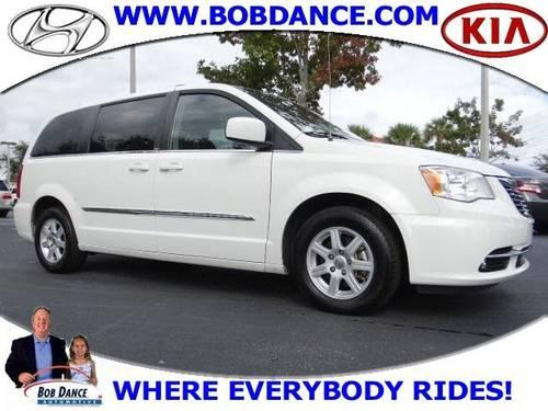 2011 chrysler town country mini van passenger touring for sale in sanford florida classified. Black Bedroom Furniture Sets. Home Design Ideas