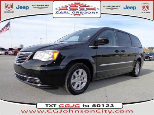 2011 Chrysler Town & Country Mini Van Touring for Sale in