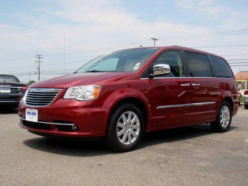 2011 Chrysler Town And Country Mini Van Touring L W Nav