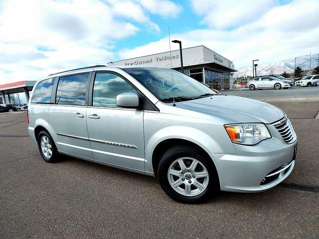 2011 Chrysler Town and Country Touring Touring 4dr