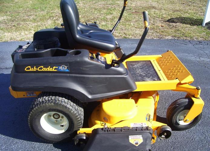 ** 2011 CUB CADET ZERO TURN MOWER ** - $2450