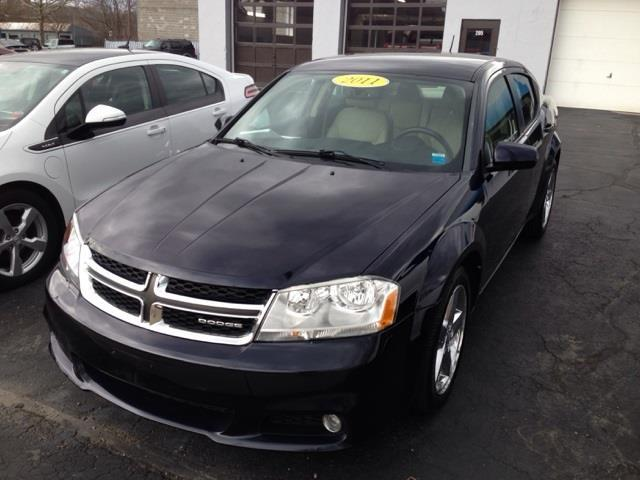 2011 Dodge Avenger Lux Lux 4dr Sedan