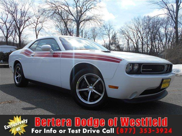 2011 dodge challenger r t 2dr coupe for sale in montgomery. Black Bedroom Furniture Sets. Home Design Ideas