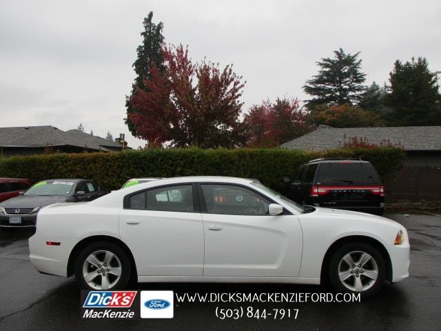 2011 Dodge Charger SE SE 4dr Sedan