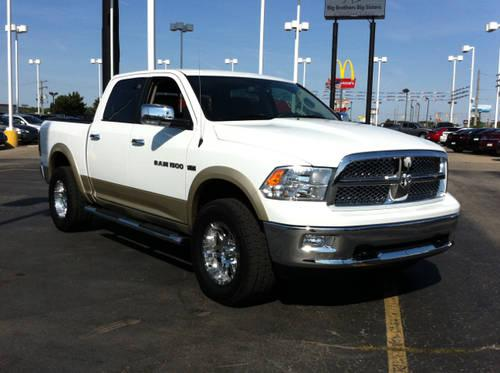 2011 dodge ram 1500 4d crew cab laramie for sale in fort wayne indiana classified. Black Bedroom Furniture Sets. Home Design Ideas