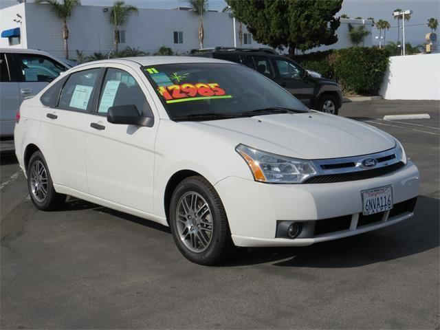 2011 ford focus se 4d sedan se for sale in northridge. Black Bedroom Furniture Sets. Home Design Ideas
