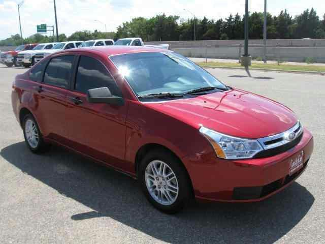 2011 ford focus se for sale in newton kansas classified. Black Bedroom Furniture Sets. Home Design Ideas