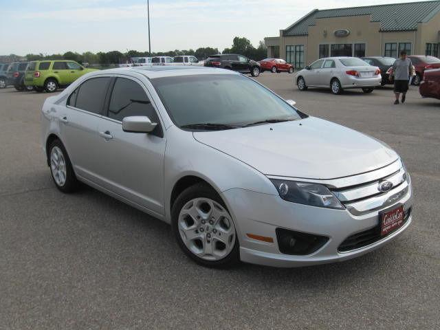 2011 ford fusion se for sale in newton kansas classified. Black Bedroom Furniture Sets. Home Design Ideas