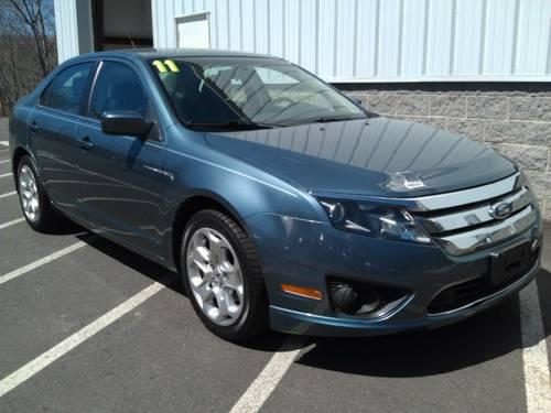 2011 ford fusion se for sale in middlebury connecticut classified. Black Bedroom Furniture Sets. Home Design Ideas