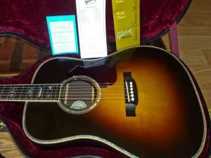 2011 Gibson Songwriter Deluxe Custom Acoustic Electric - $2700 Sycamore